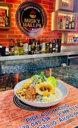 Ceviche Peruano !! ven y disfruta  vas a vivir una sublime experiencia .
