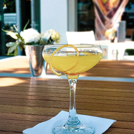 A delicious martini made with our Warner's Honeybee Gin and orange marmalade