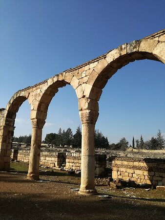 Ricordo di un viaggio :Libano 2017,la Valle della Bekaa,con le rovine della città di Anjar,ai confini con la Siria,sulla strada che da Beirut porta a Damasco.