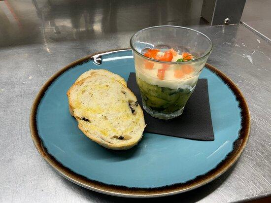 Yateley, UK: Zucchine caviar