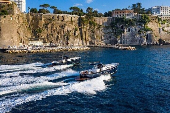 Private Full-day Luxury Boat Tour to...