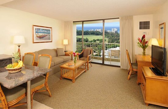 Aston Waikiki Sunset - Ocean View Bedroom