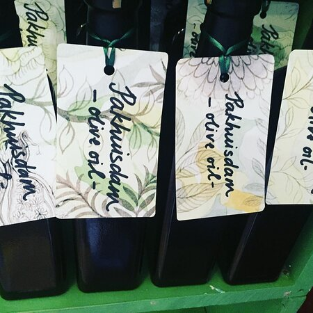 Pakhuisdam olive oil.