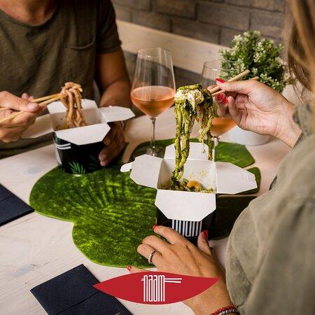 Ricette creative, ingredienti mixati in stile #fusion. NAAM - cucina al wok: Il tuo momento di condivisione! 👫