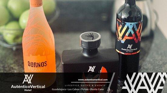 Acompaña tu estancia con la variedad de vinos de mesa de la casa o con un tequila. Hotel Auténtico Vertical Los Cabos, tienes que vivirlo!!