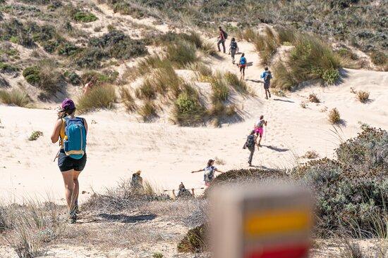 Bordeira, Portugal: Caminhada longa podem ser um verdadeiro processo meditativo.