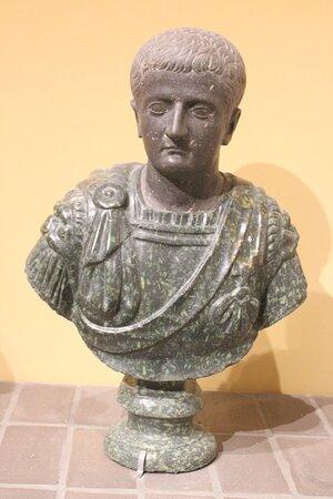 Ritratto di Tiberio
