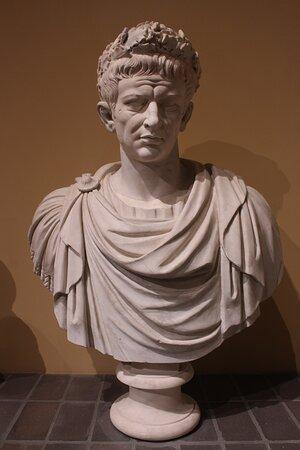 Ritratto di Claudio