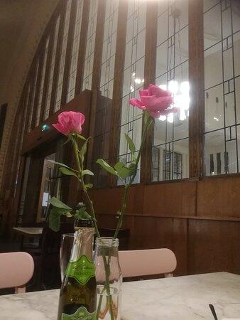 Cafe Loop open at Helsinki Railway station 2.12.2020-30.1.2021! Loop in Lapinlahti opens again on 8.1.2021 😁