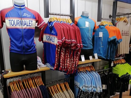Custom design Tourmalet cycling jerseys, t-shirts, cycling accessories and more ...