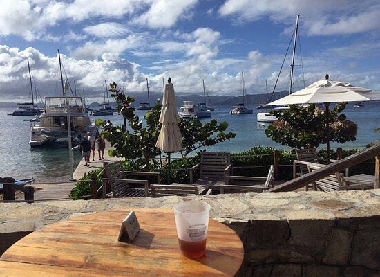 Cooper Island: Bier aus der Insel-Brauerei
