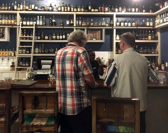 Cooper Island: Rum-Bar