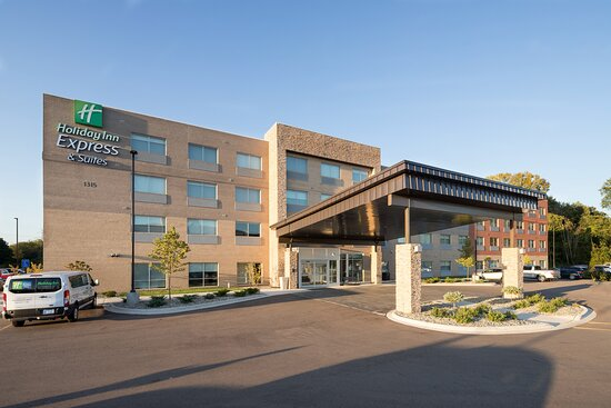 Holiday Inn Express and Suites Kalamazoo West