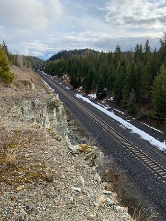 Stryker, MT: Above the tracks