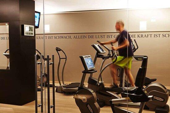 Steigenberger Grandhotel Handelshof, Leipzig, Germany - Fitness facility