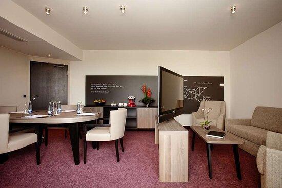 Steigenberger Parkhotel, BraunschweigBrunswick, Germany - Salon Zhuhai