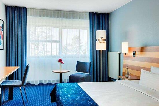 IntercityHotel Frankfurt Airport, Germany, standard room