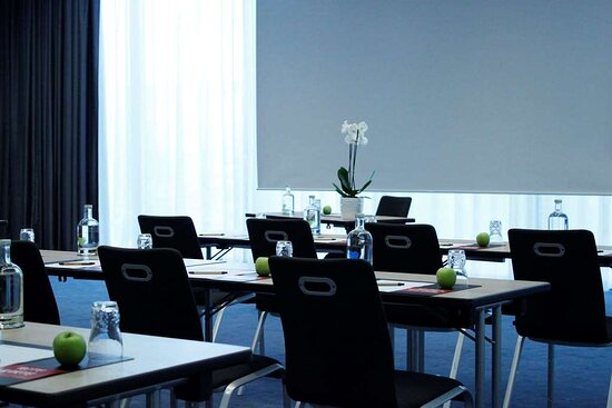 IntercityHotel Frankfurt Airport - Meeting Room