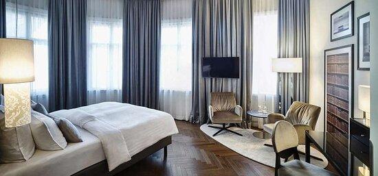 Steigenberger Hotel Herrenhof, Vienna, Austria - Deluxe room