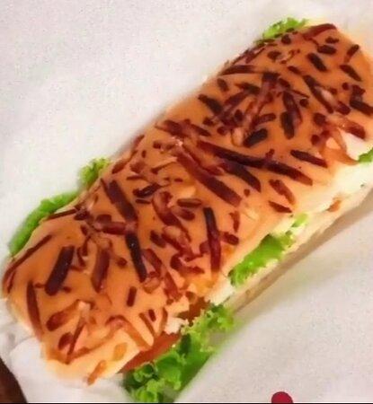 Crixas, GO: Sanduiche de Filé de Frango