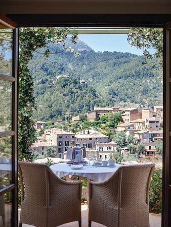 Ιταλία: Showing you all the view in a super hotel is the most amazing thing I have ever done in my life.. I believe comfort is the best way of life. from the management>> MR LEO BENARD