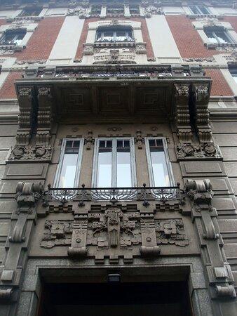 Portale d'ingresso e facciata