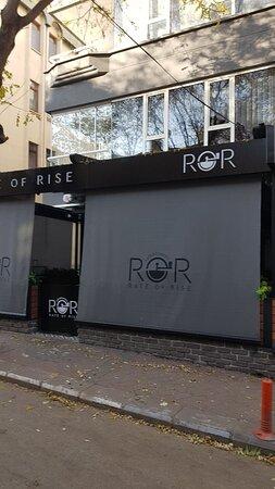 ROR Cafe & Roastery