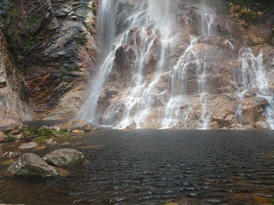 Cachoeira do Serrado, Porteirinha MG