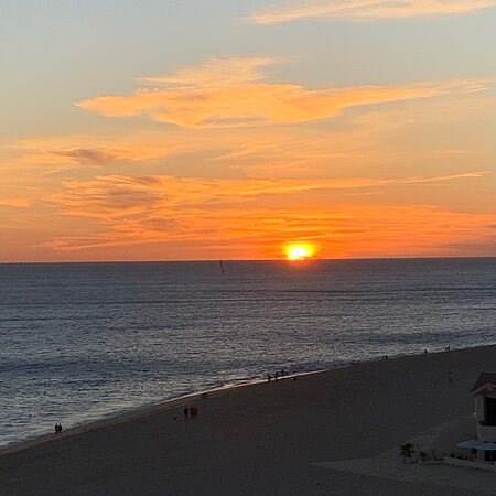 Los Cabo sunrise and sunset
