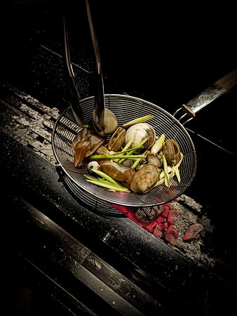 Hiên - Charcoal Kitchen