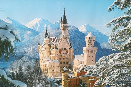 Neuschwanstein Castle tour and ticket