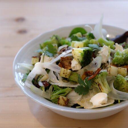 Le nostre insalatone si chiamano Piatto Acquerello!