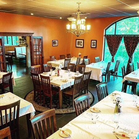 Vintage Room Private Dining Venue (seats up to 50)