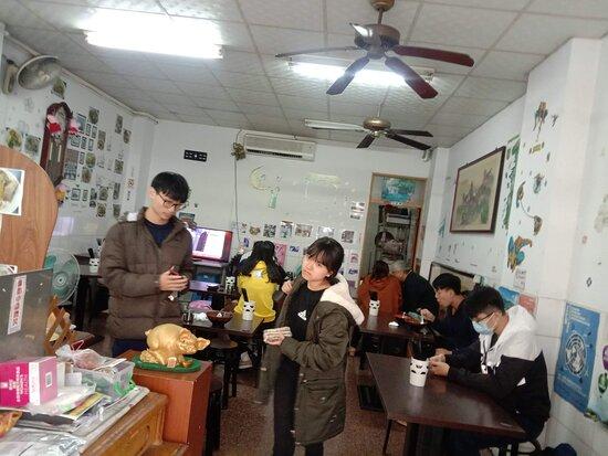 來台灣南部旅遊必吃美食,泰式麻辣麵店,嘉義市軍輝路25號
