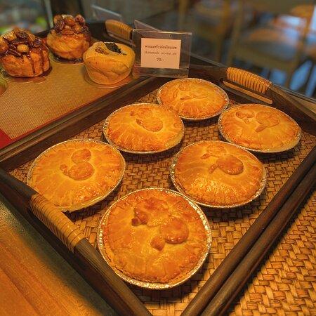 #ขนมพอดีคำวันนี้😍   #พายมะพร้าวอ่อนโฮมเมท🥧 Homemade coconut pie ฿70.-