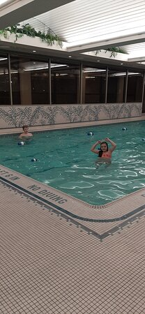 My kids enjoying the pool.🐬