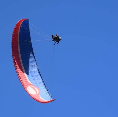 Paragliding in Bir Billing-Adventure in Himalya