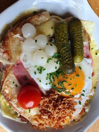 Fieschertal, Schweiz: Ein trauriger Burger!!!!!