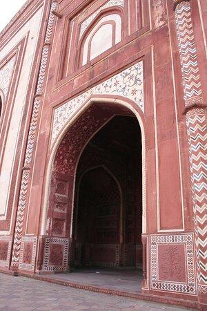 Agra Taj Mahal decoro degli edifici accanto al mausoleo