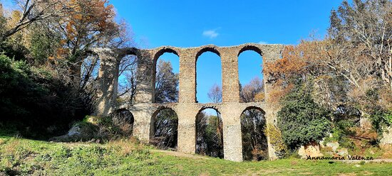 Canale Monterano, Italia: Acquedotto del XVI sec.