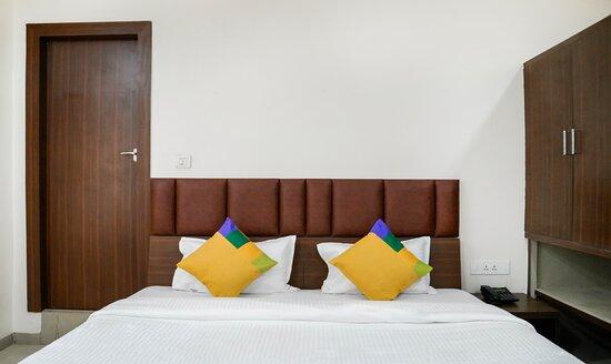 Triple bedded rooms - Picture of Hotel Vishwas, Bhopal - Tripadvisor