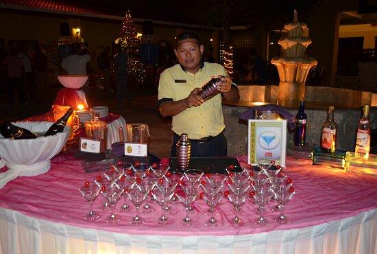 Mexico: Christmas Martini ... Playa del Carmen