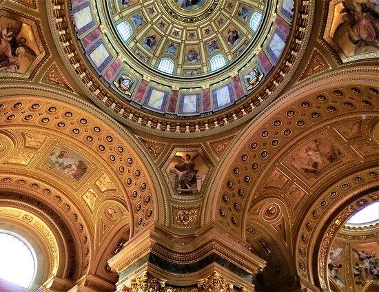 Budapest, Hungary: Szent Istvan - bazilika