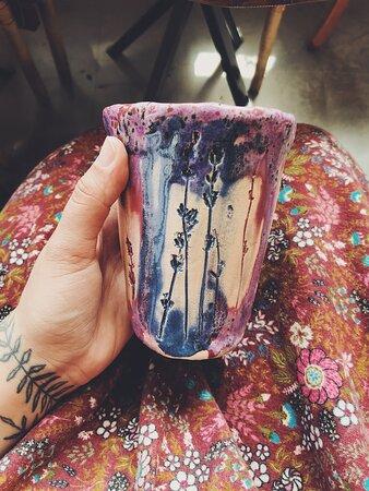 Кофейня и мастерская керамики «Маяк».