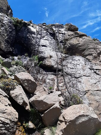 We took the first ladder and hoped to see the waterfall and another ladder appeared waiting for us🤣😅😂and we enjoyed going up again. Wow