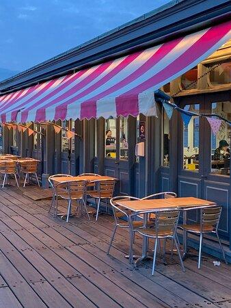 Lovely tearoom #teawiththetide on southend pier world's longest pleasure pier