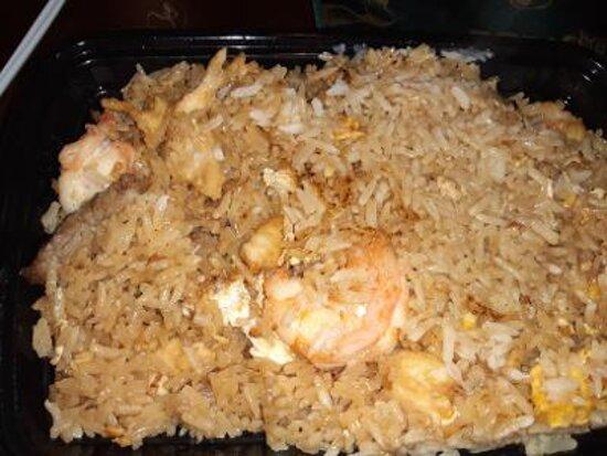 House combo fried rice (chicken, shrimp, steak)