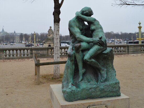 Statue The Kiss of Rodin