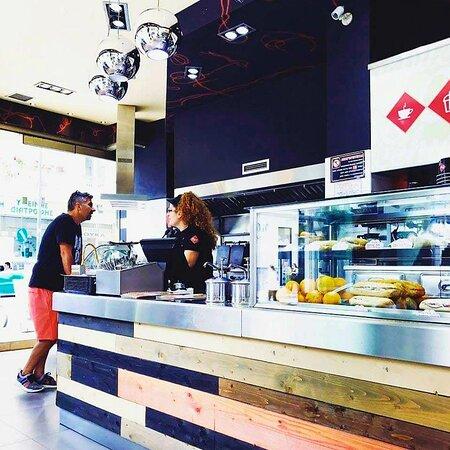 Επισκεφθείτε το κατάστημά μας στο κέντρο της πόλης στην οδό Σαρανταπόρου 32!!