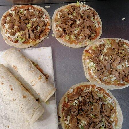 Ardore Marina, Taliansko: Piadina kebab lattuga e salsa rosa 🤩🤩🤩
